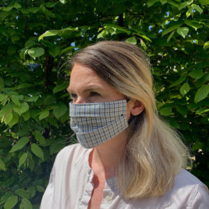 woman-wearing-face-mask